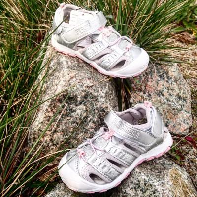 Спортивные босоножки  c защитой носка  для девочек Арт: B 91582