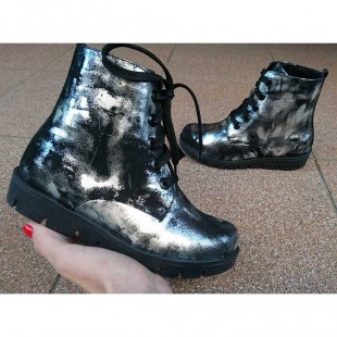 Ботинки для девочек из натуральной кожи  Арт: 494-81