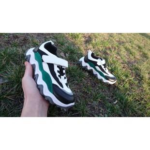 Дышащие кроссовки на модной рельефной подошве Арт: 70409