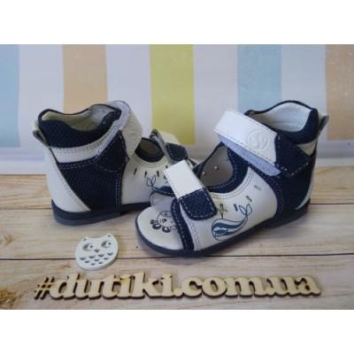 Босоножки для мальчиков-профилактическая обувь